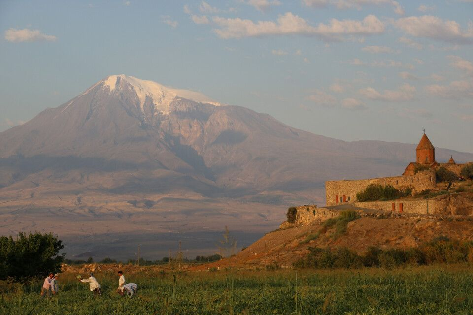 Postkarten-Motiv: Kloster Khor Virap vor Ararat (5156 m)