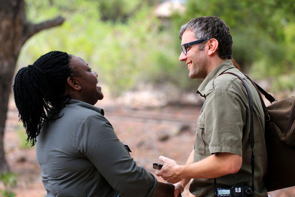 Afrika-Experte Lars Eichapfel zu Besuch bei einem Partner.