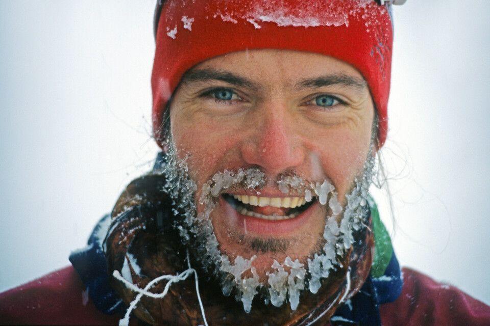 Trotz eisiger Kälte hat Jörg Ehrlich gut Lachen.