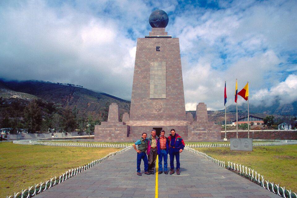 Die erste Reisegruppe, die durch Jörg Ehrlich 2001 nach Ecuador geführt wurde.