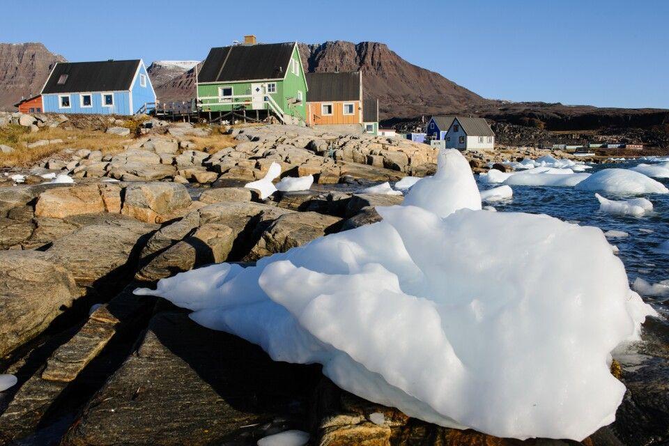 Kleine Eisberge, angespült vom Meer