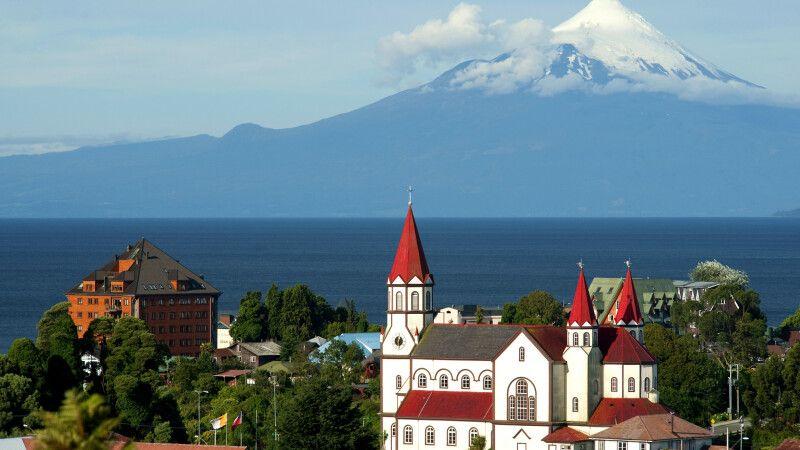 Puerto Varas und Vulkan Osorno © Diamir