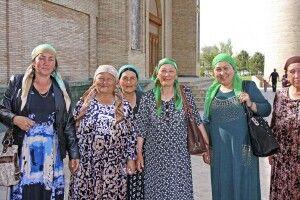 Taschkent - Begegnung an der Barak-Khan-Moschee