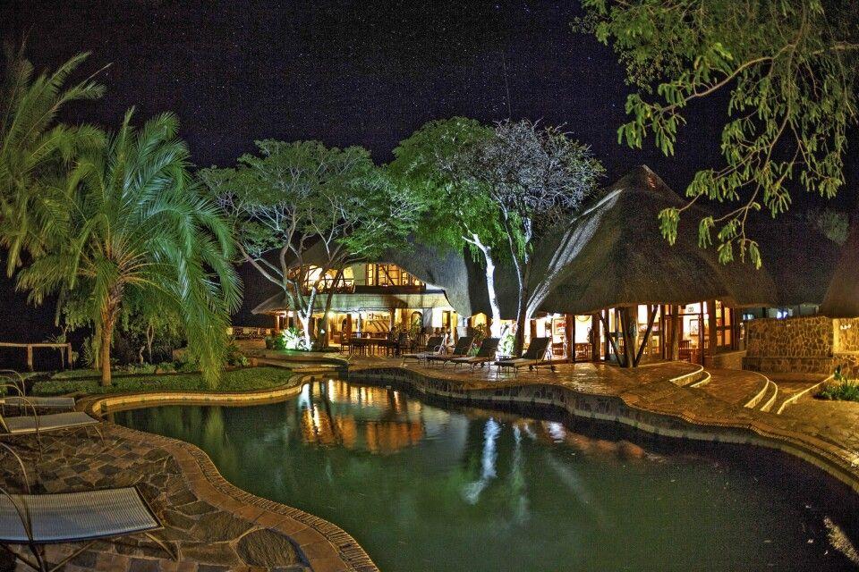 Ein Abend in der Chilo Gorge Safari Lodge am Rande des Gonarezhou-Nationalpark