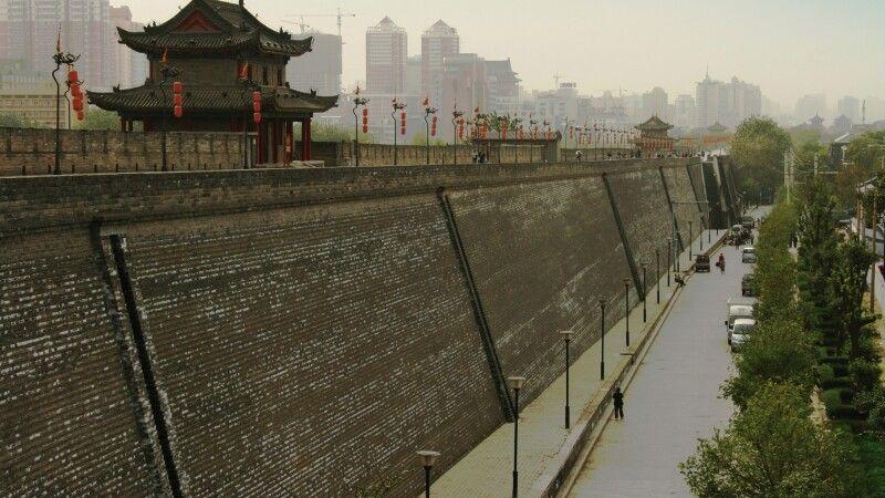 Stadtmauer von Xian © Diamir