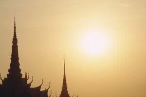 Dachlandschaft des Königspalastes in Phnom Penh
