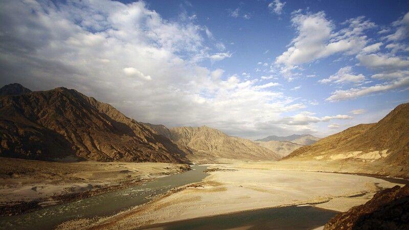 Das Industal bei Chilas wirkt ein wenig wie eine Mondlandschaft. © Diamir