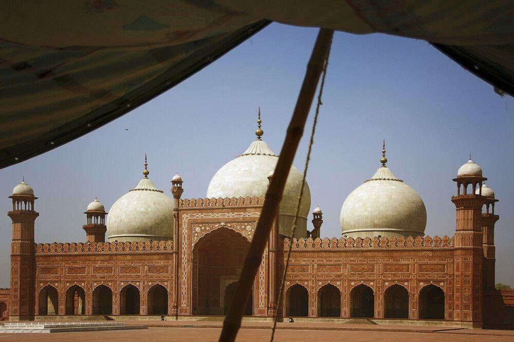 Die Badshahi-Moschee in Lahore gehört zu den schönsten Bauten der Mogul-Ära.