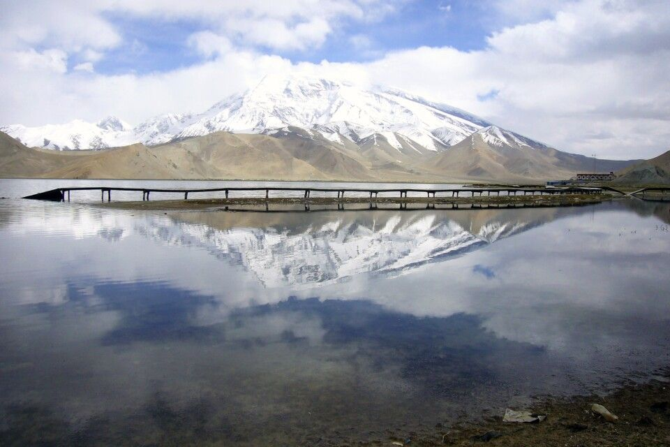 Muztagh Ata mit Karakol-See