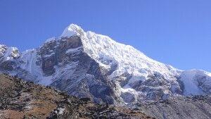 Blick auf die Eispyramide des Lobuche.