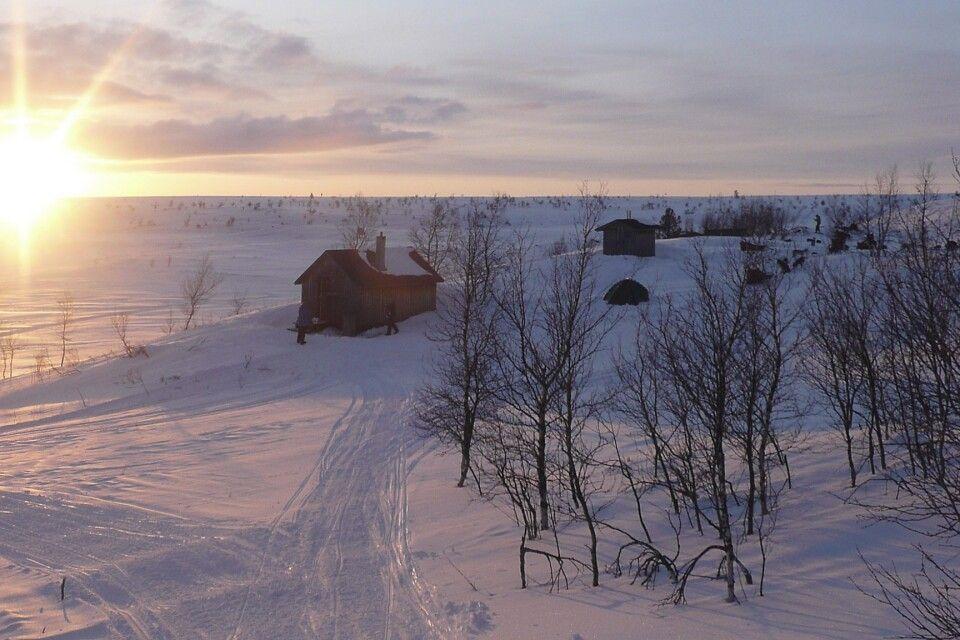 Herrlicher Sonnenaufgang direkt vor der Hütte