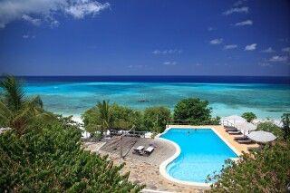 Pool des Manta Resorts