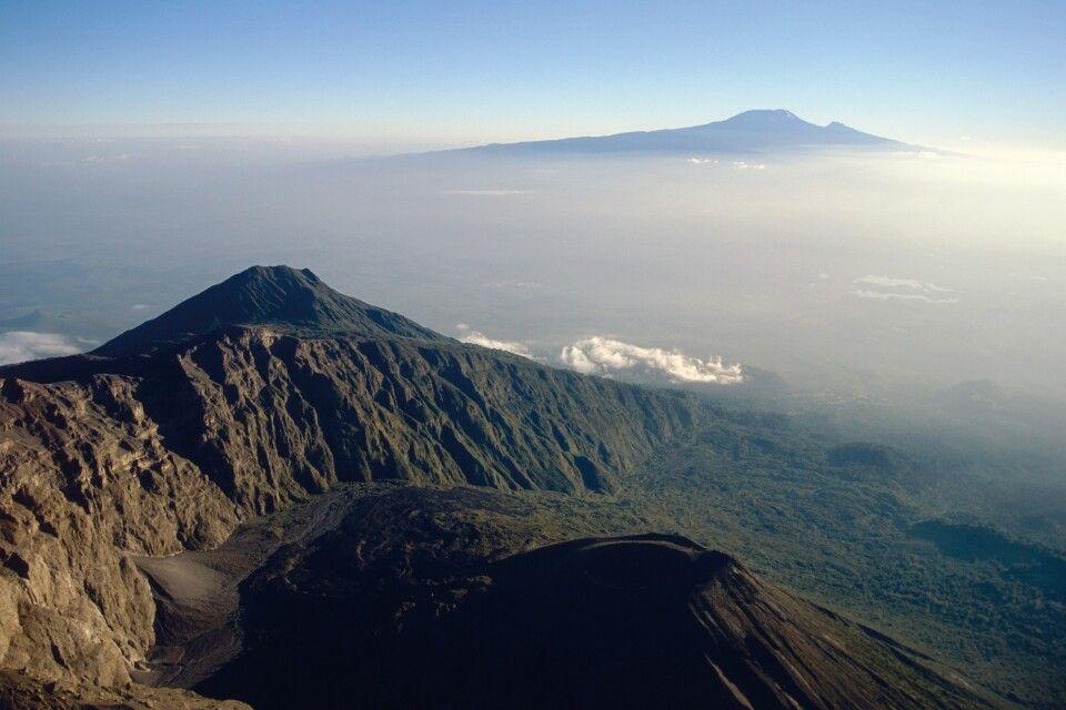 Bick auf den Kilimanjaro vom Mount Meru