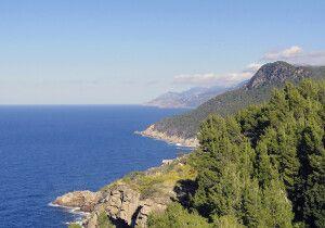 Entlang der Küste im Tramuntana-Gebirge