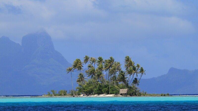 Insel im Meer © Diamir