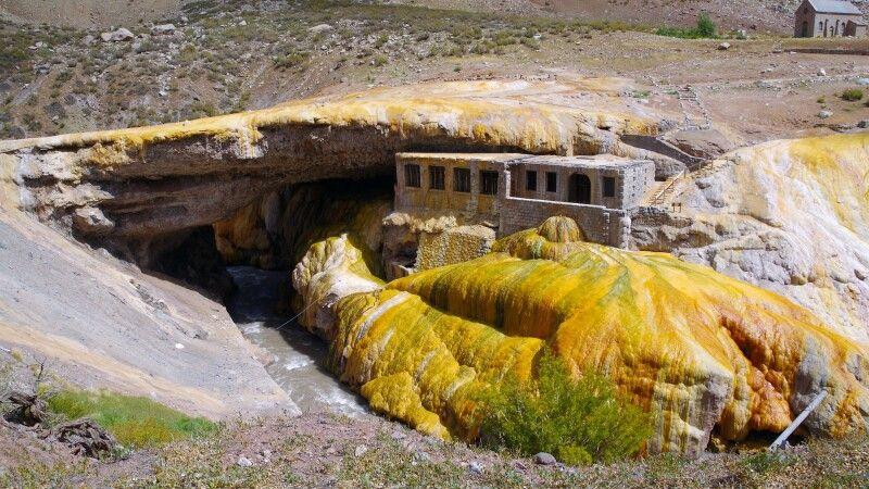 Puente del Inca in der Provinz Mendoza © Diamir