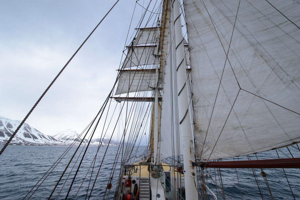 Fast Vollzeug: unterwegs in Richtung Longyearbyen