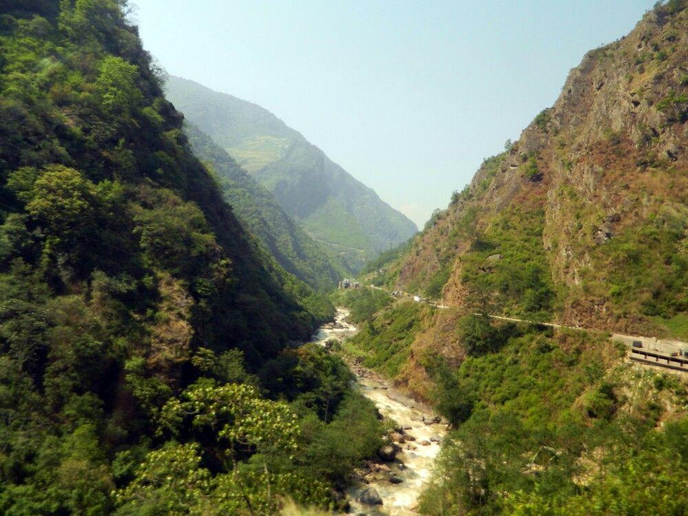 Straße zwischen Tibet und Kathmandu