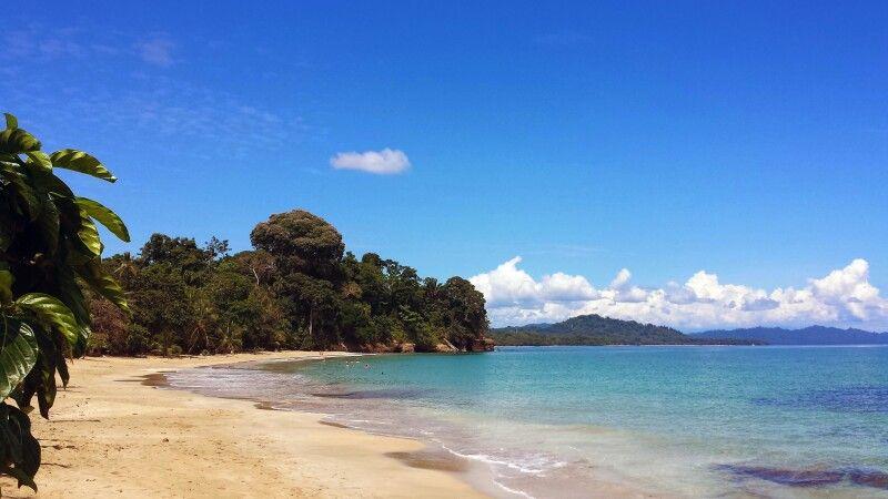 Strandidylle im Cahuita NP, Costa Rica © Diamir