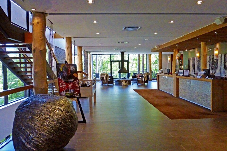 Lobby des Hotel – Musée Premières Nations