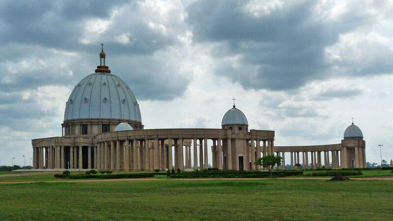 Der Vatikan in Afrika © Diamir