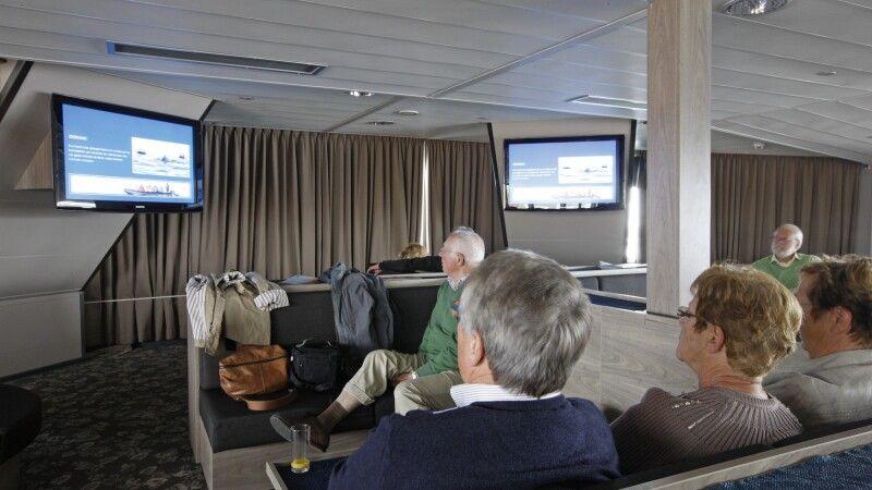 Lounge und Vortragssaal der Plancius © Diamir