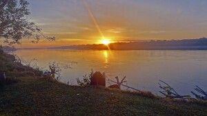 Sonnenuntergang am Rio Madre de Dios