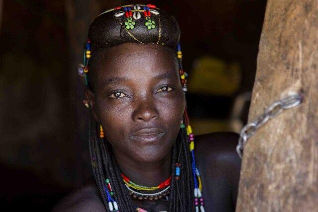 Batua Girl