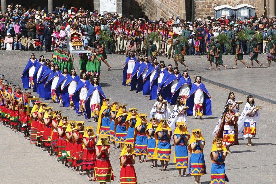 Sonnenfest Inti Raymi auf Cuscos Hauptplatz