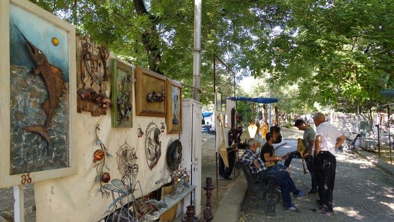 Kunstmarkt in Tiflis © Diamir