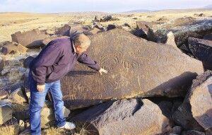 Petroglyphenfeld im Armenischen Hochland