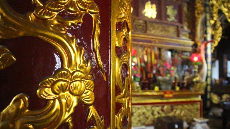 Tempelinneres in Hanoi © Diamir