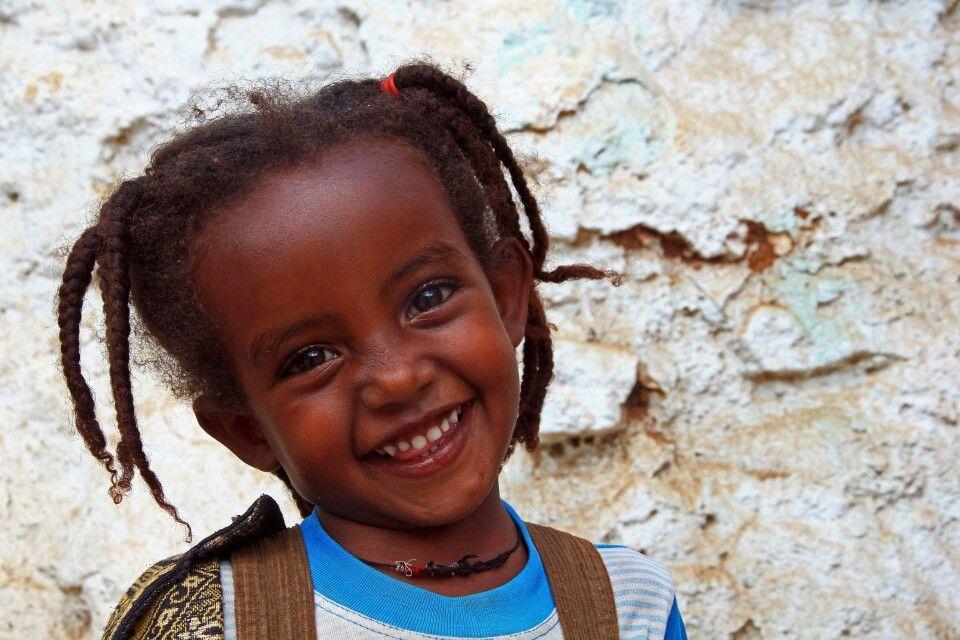 Freundliches Mädchen in Harar