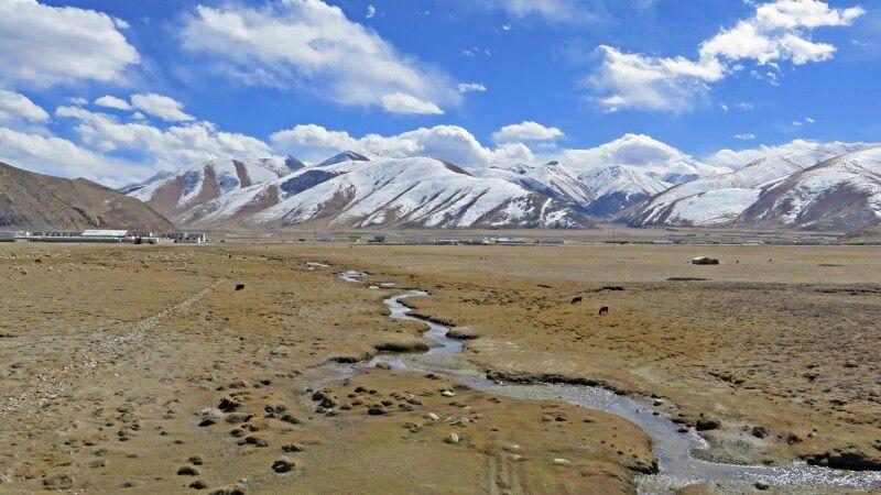 mit dem Himmelszug durch die tibetische Hochebene © Diamir