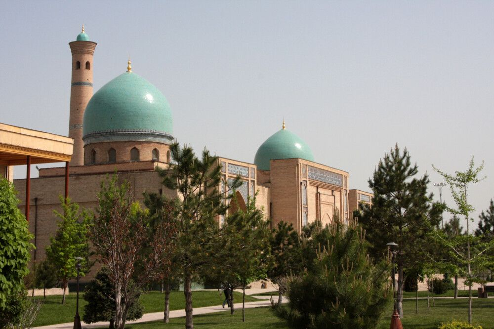 Taschkent Barak Khan Medresse auf Khast Imam Platz