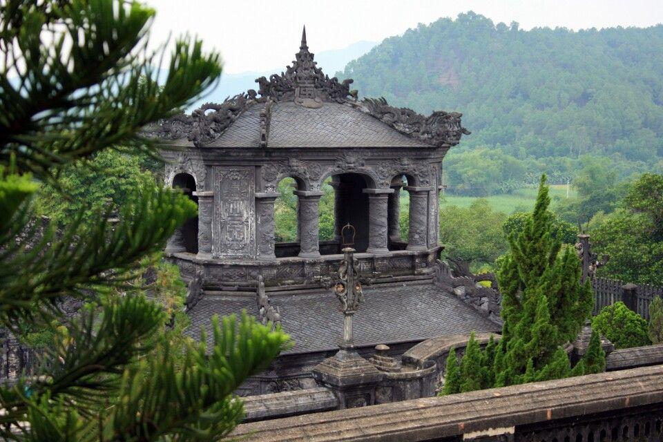 Blick über das kaiserliche Grab von Khai Dinh