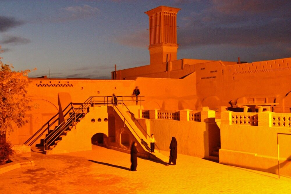 Abends in der Altstadt von Yazd