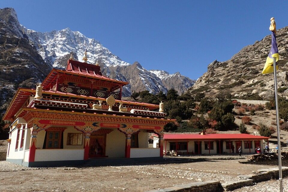 Kloster Thrangu in Naar Phedi
