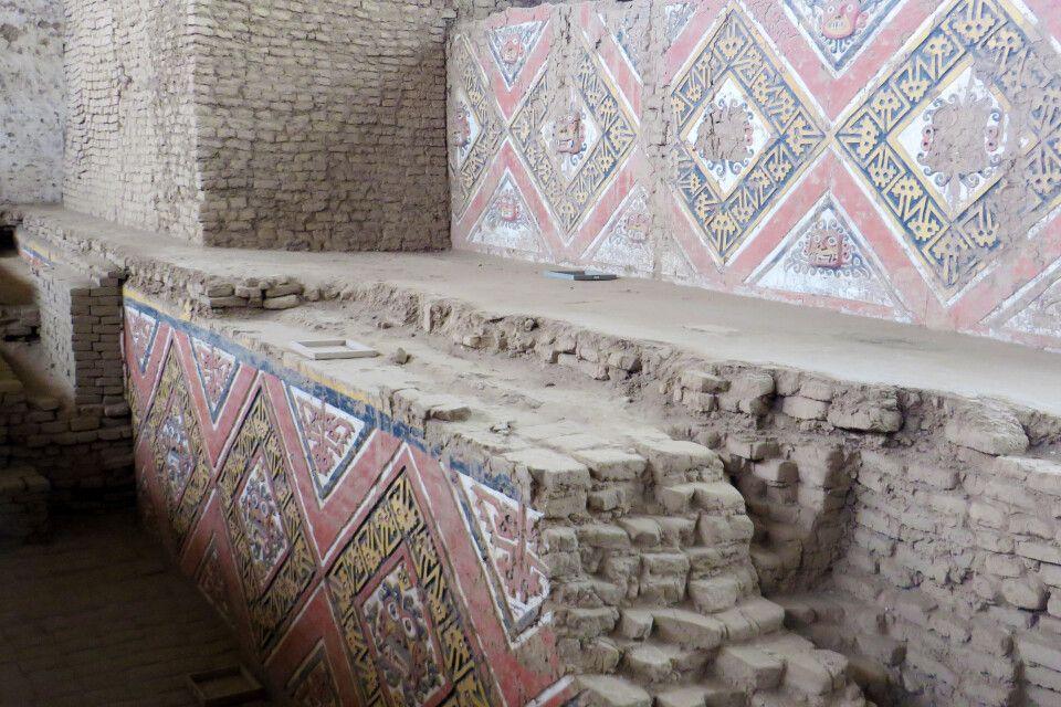 Überbauungsphasen der Mondpyramide in Trujillo