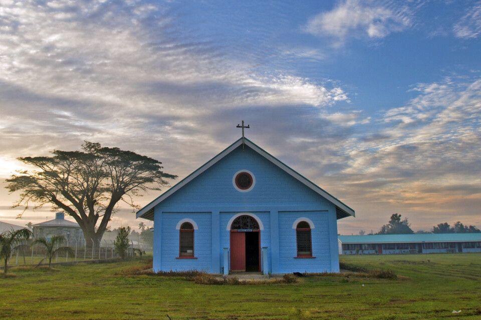 Kirchenbau auf Tonga
