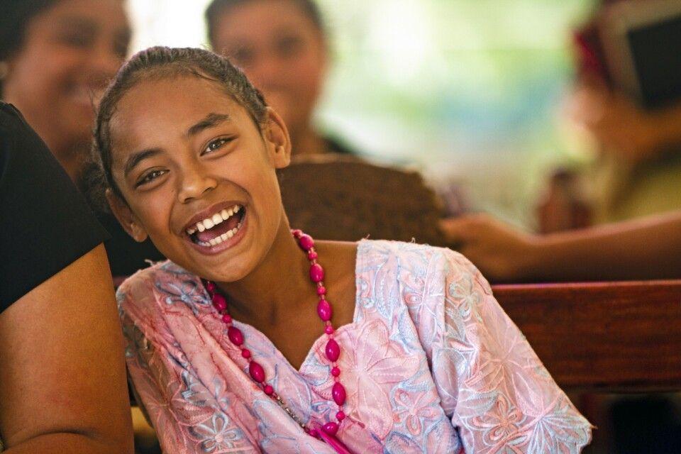 Junges Mädchen auf Tonga