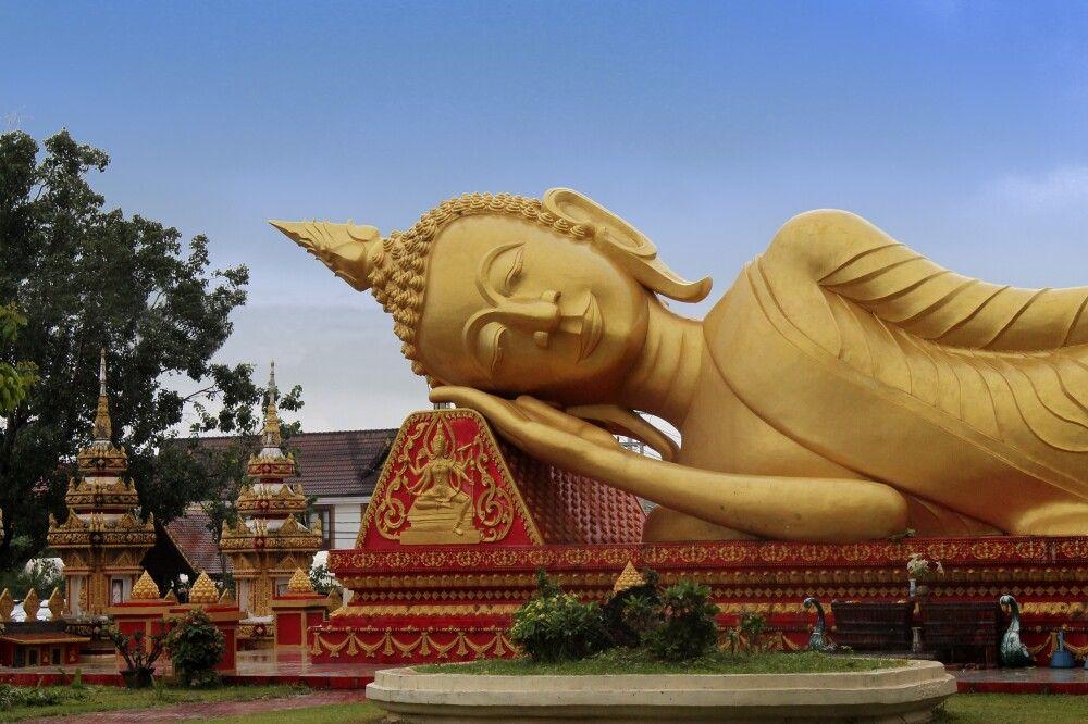 Großer liegender Buddha in Vientiane