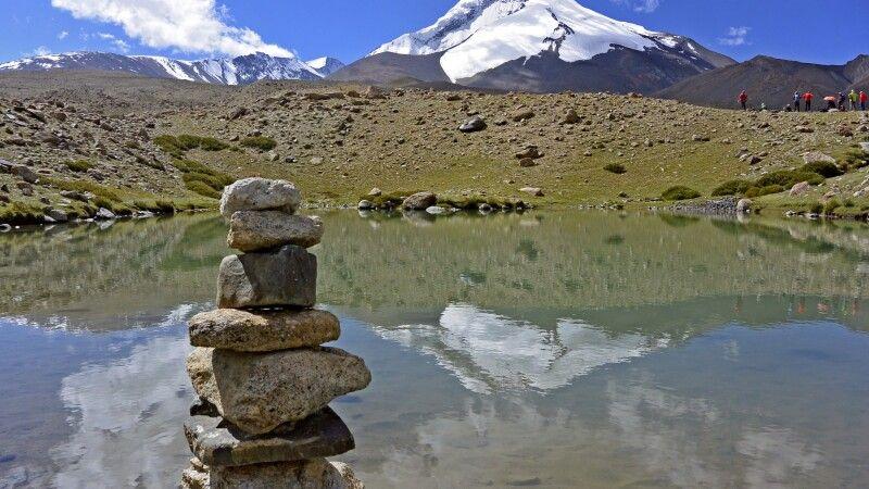 Markha Valley Trek, Blick auf den Kang Yatze II am Beginn der Nimaling Hochebene © Diamir