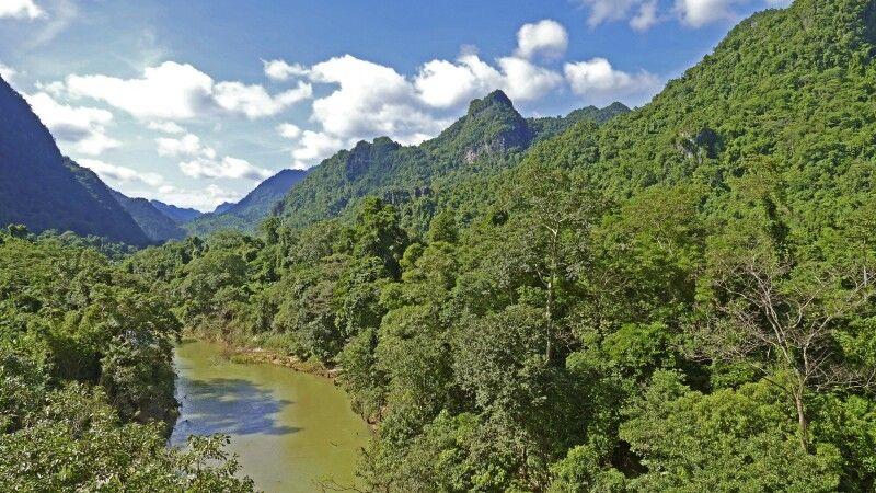Flusstal im Ba-Be-Nationalpark © Diamir