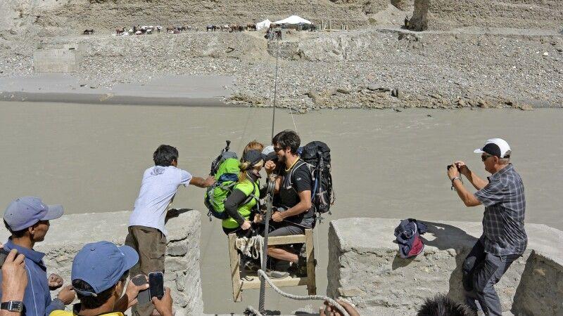 Markha Valley Trek, Zanskar River bei Chilling, Seilbahn © Diamir