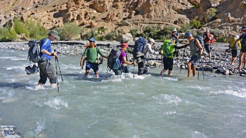 Markha Valley Trek, Flussquerung Skiu-Markha © Diamir