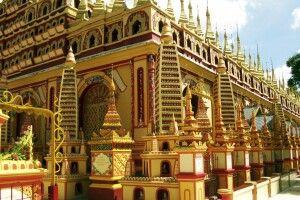 Thanbodday-Pagode in Monywa mit ihren 580000 Buddhaabbildungen