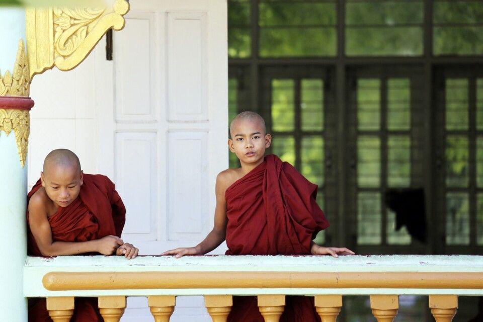Begegnung in einem Kloster