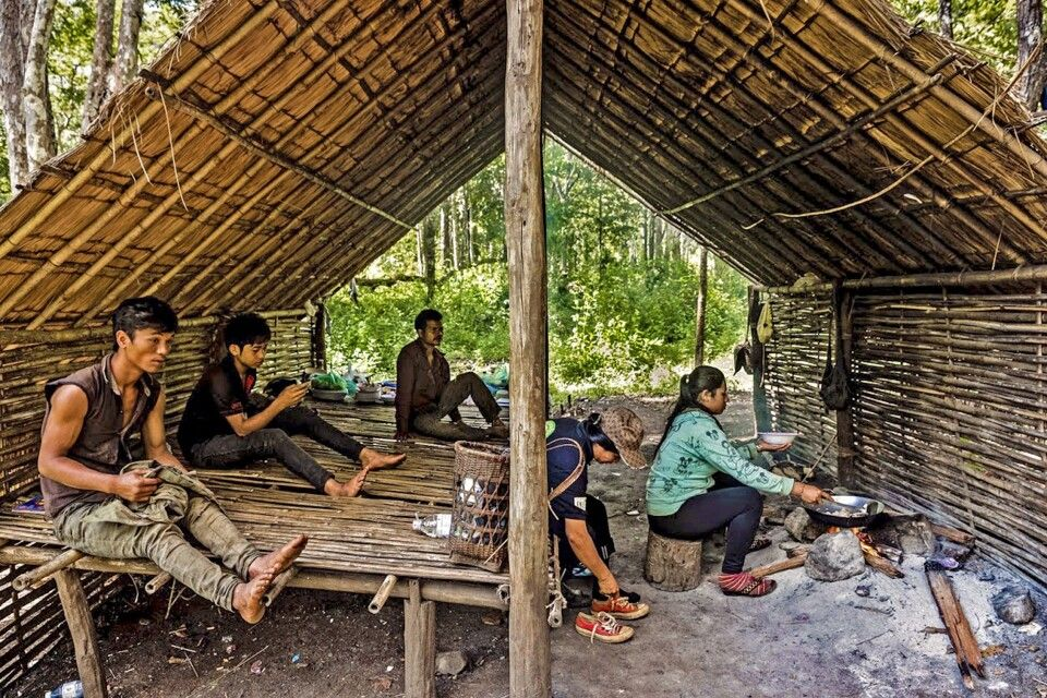 Unterstand mit Kochstelle in Mondolkiri