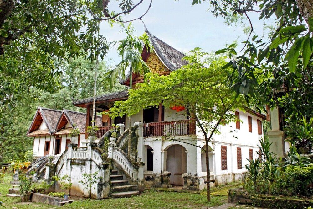 Wat auf der Luang Prabang gegenüberliegenen Flussseite